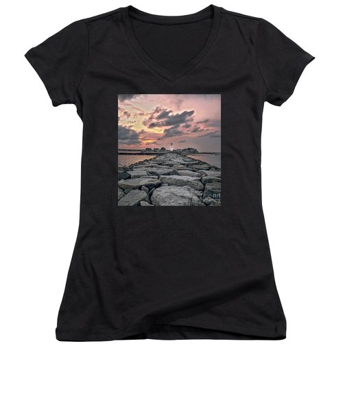 Old Scituate Light At The End Of The Jetty Women's V-Neck T-Shirt