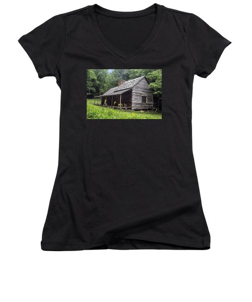 Old Settlers Cabin Smoky Mountains National Park Women's V-Neck