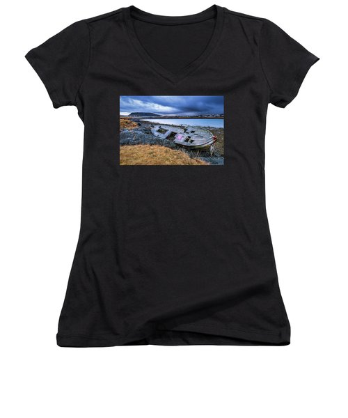 Old Wooden Ship On Beach Women's V-Neck (Athletic Fit)