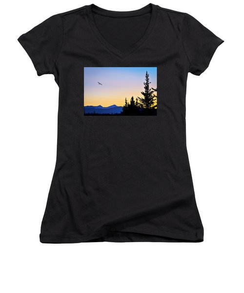 Osprey Against The Sunset Women's V-Neck (Athletic Fit)