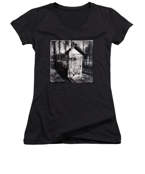 Outhouse Black And White Wetplate Women's V-Neck