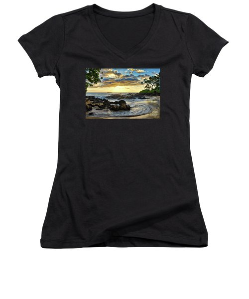 Pa'ako Cove Women's V-Neck (Athletic Fit)