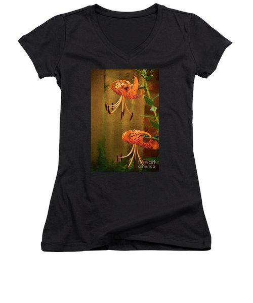 Painted Tigers Women's V-Neck