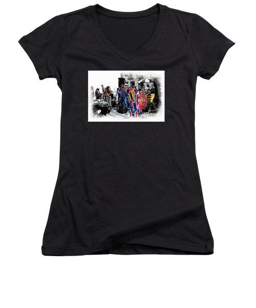 Pan Flutes In Cuenca Women's V-Neck T-Shirt
