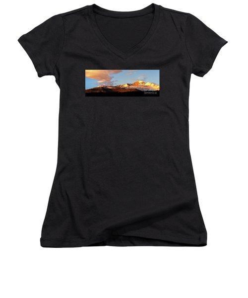 Panorama View Of Longs Peak At Sunrise Women's V-Neck T-Shirt (Junior Cut) by Ronda Kimbrow