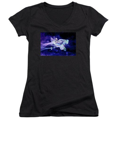 Peaceful Flow - Fine Art Photography - Paint Pouring Women's V-Neck T-Shirt (Junior Cut) by Modern Art Prints