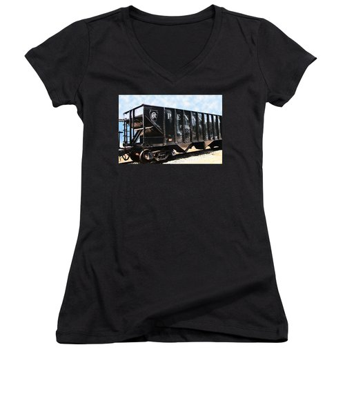 Women's V-Neck T-Shirt (Junior Cut) featuring the photograph Pennsylvania Hopper by RC DeWinter