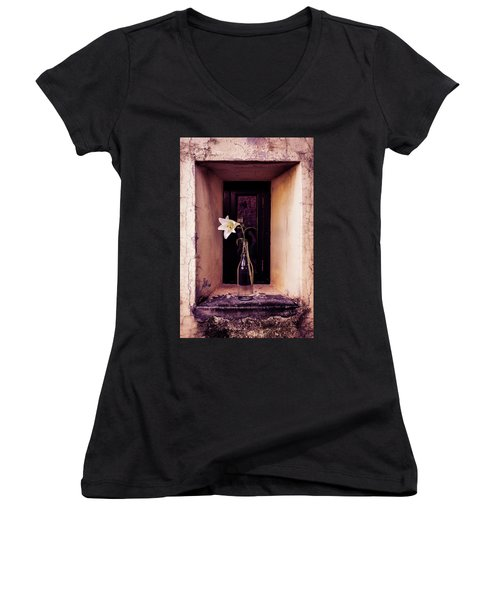 Periscope Women's V-Neck T-Shirt