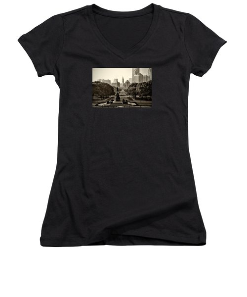 Philadelphia Benjamin Franklin Parkway In Sepia Women's V-Neck