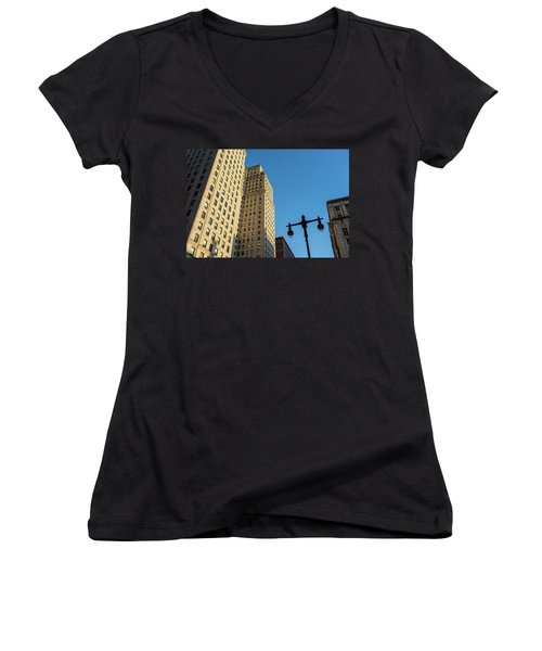 Philadelphia Urban Landscape - 0948 Women's V-Neck