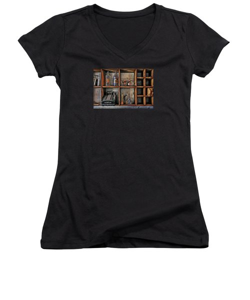 Post Office Women's V-Neck T-Shirt