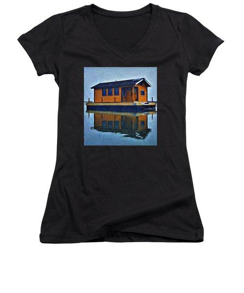 PR6 Women's V-Neck T-Shirt