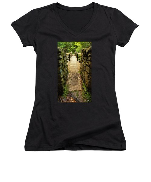 Prospective Memorial Bridge Women's V-Neck