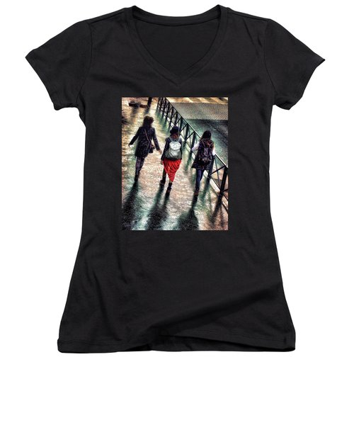 Women's V-Neck T-Shirt (Junior Cut) featuring the photograph Quai Des Tuileries by Jim Hill