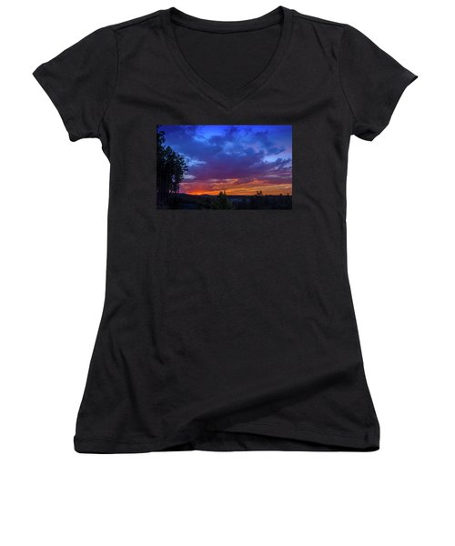 Quartz Canyon Sunset Women's V-Neck T-Shirt
