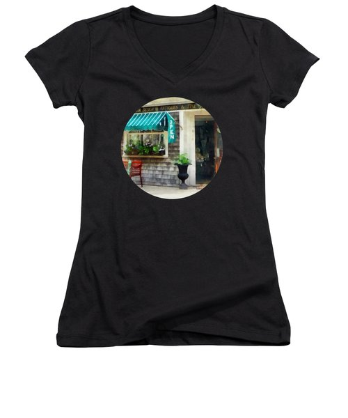 Rhode Island - Antique Shop Newport Ri Women's V-Neck T-Shirt