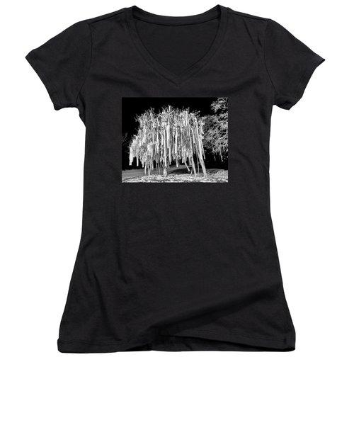 Rolled Tree Blk N White Women's V-Neck