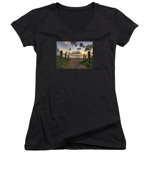 Rope Walk Women's V-Neck T-Shirt