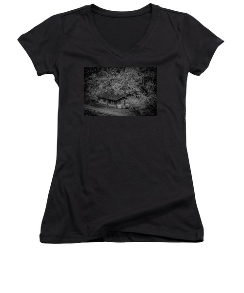 Rustic Log Cabin In Black And White Women's V-Neck T-Shirt (Junior Cut) by Kelly Hazel