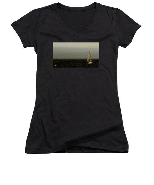 Sailing Women's V-Neck T-Shirt (Junior Cut) by Ben and Raisa Gertsberg