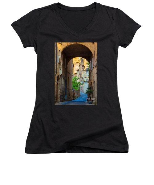 San Gimignano Archway Women's V-Neck