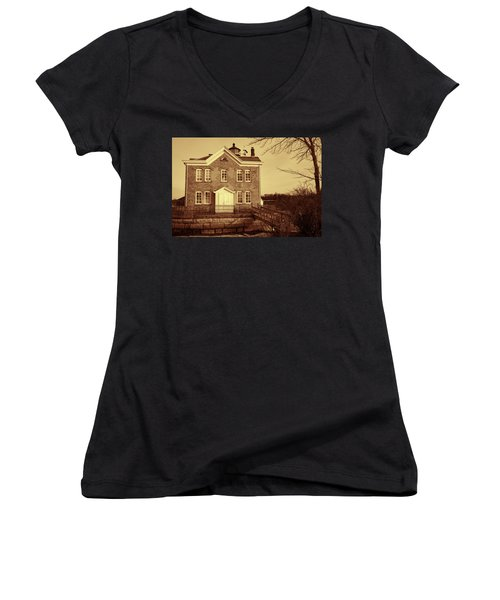 Women's V-Neck T-Shirt (Junior Cut) featuring the photograph Saugerties Lighthouse Sepia by Nancy De Flon
