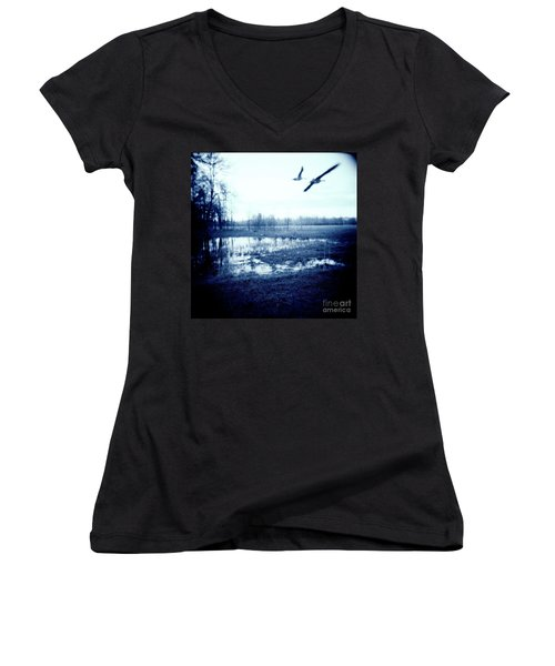 Series Wood And Water 3 Women's V-Neck (Athletic Fit)