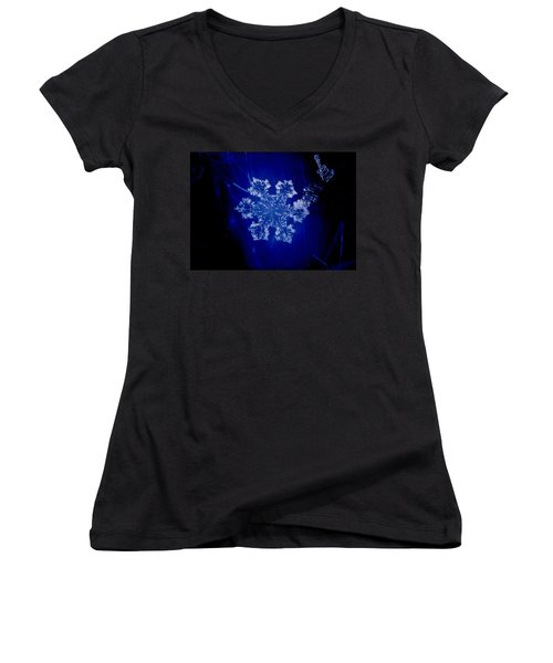 Snowflake On Blue Women's V-Neck (Athletic Fit)