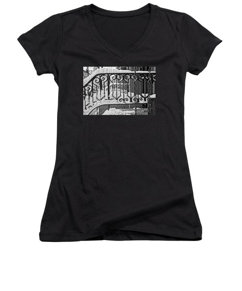 Women's V-Neck T-Shirt featuring the painting Snowy Nyc Steps by Joan Reese