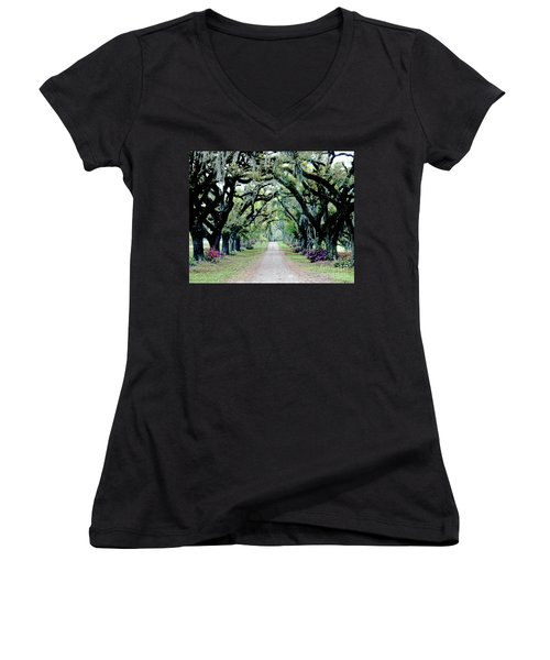 St Francisville Plantation Women's V-Neck (Athletic Fit)