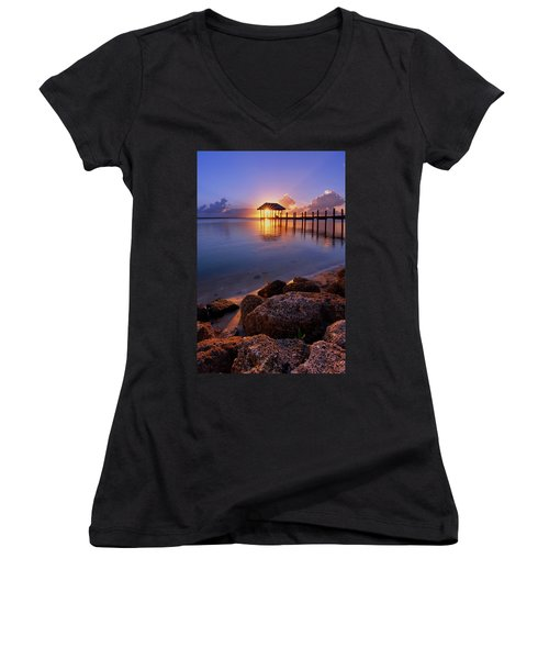 Starburst Sunset Over House Of Refuge Pier In Hutchinson Island At Jensen Beach, Fla Women's V-Neck