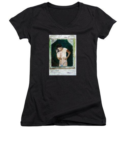 Staring At/// Women's V-Neck T-Shirt