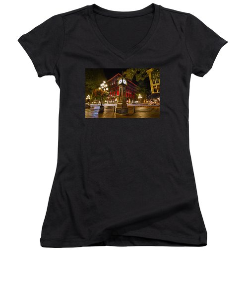 Steam Clock In Historic Gastown Vancouver Bc Women's V-Neck T-Shirt