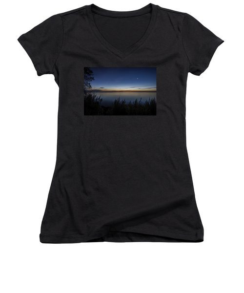 Steelworkers Park View At Dawn Women's V-Neck