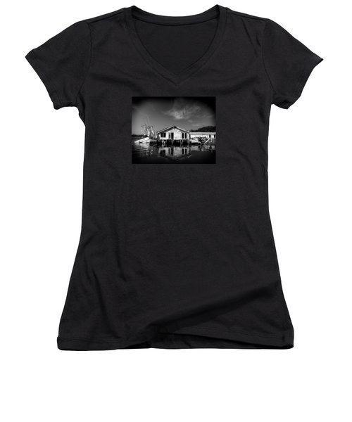 Sunken Dream Women's V-Neck T-Shirt
