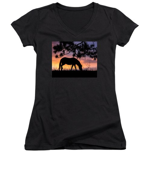 Sunrise Silhouette Women's V-Neck (Athletic Fit)
