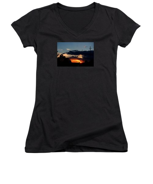Women's V-Neck T-Shirt (Junior Cut) featuring the photograph Sunset In Oil Santa Fe New Mexico by Diana Mary Sharpton