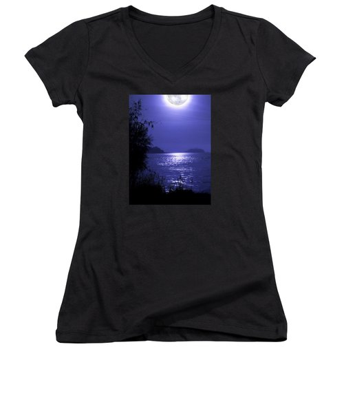 Women's V-Neck T-Shirt (Junior Cut) featuring the photograph Super Moon by Laura Ragland