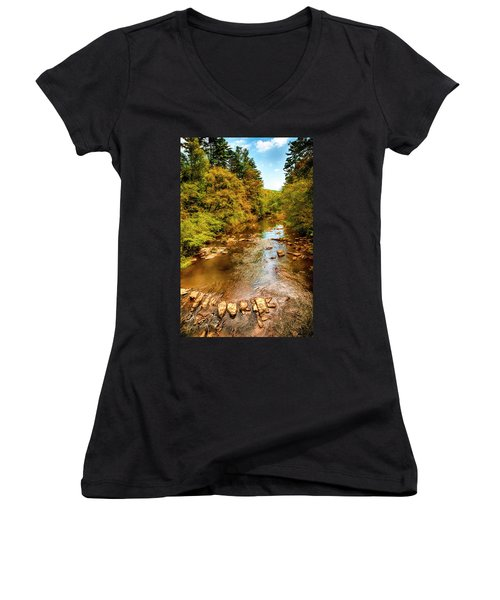 Tallulah River Women's V-Neck