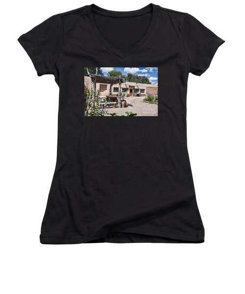 Taos Adobe Complex Women's V-Neck