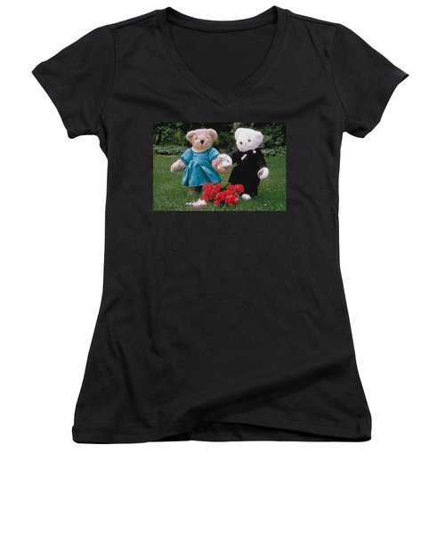 Teddy Bear Lovers Women's V-Neck (Athletic Fit)