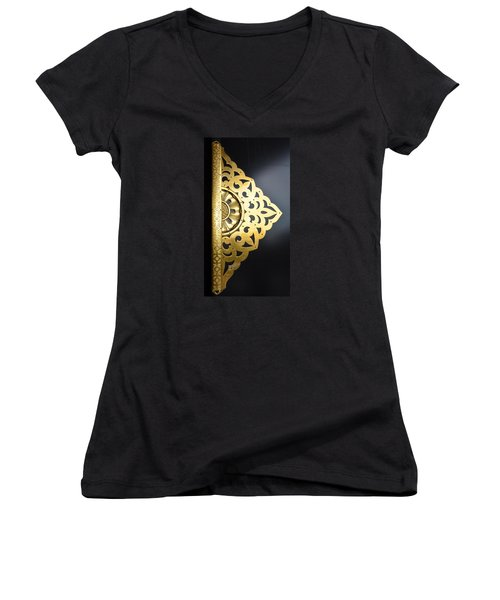 Temple Detail Women's V-Neck T-Shirt