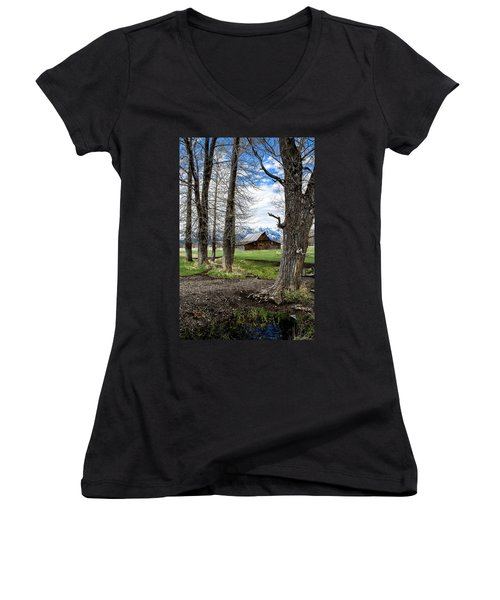 Women's V-Neck featuring the photograph Moulton Barn On Mormon Row by Scott Read
