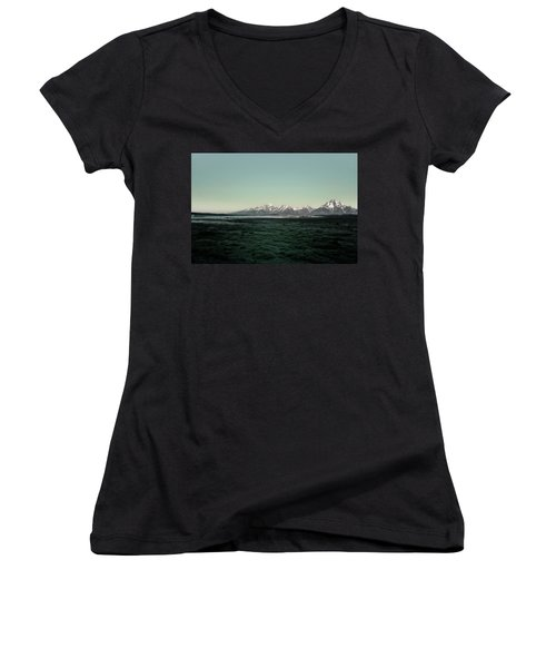 Tetons Women's V-Neck