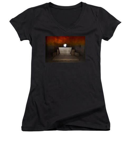 The Altar - L'altare Women's V-Neck