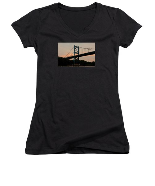 The High Level Aka Anthony Wayne Bridge I Women's V-Neck T-Shirt (Junior Cut)