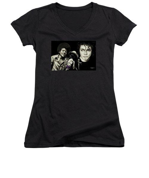 The Man In The Mirror Women's V-Neck T-Shirt (Junior Cut)