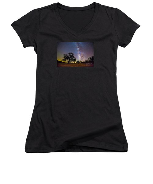 The Milky Way With One Perseid Meteor Women's V-Neck T-Shirt