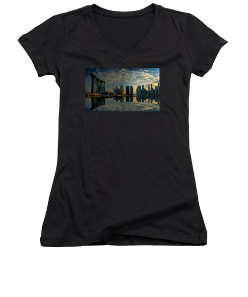 The Singapore Skyline Women's V-Neck (Athletic Fit)