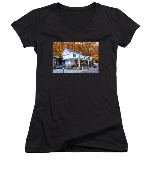 The Valley Green Inn In Autumn Women's V-Neck